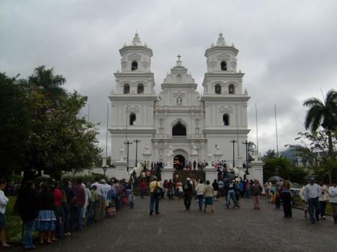 Salvadoreño es asesinado cuando se dirigía a Esquipulas