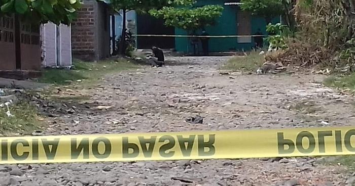 Asesinan a una mujer y lesionan a otra en Zacatecoluca, La Paz