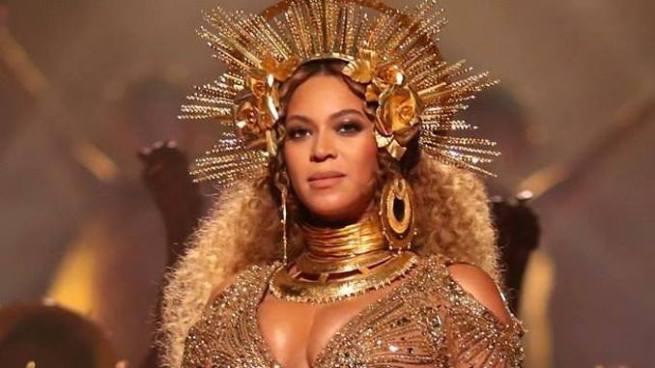 Filtran fotografías de los mellizos de Beyonce y Jay-Z