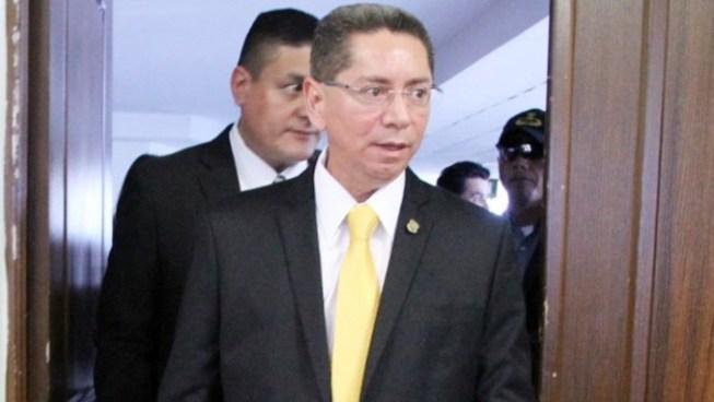 Fiscal General cuestiona que no se estén realizando órdenes de captura contra grandes empresarios