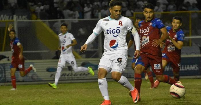 Fito Zelaya confirma su fichaje con un equipo Chino