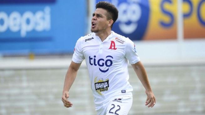 Águila hace oficial su interés por Fito Zelaya y Alianza le ofrecerá una renovación de contrato