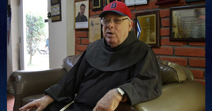 Padre Flavian Mucci fallece a los 86 años de edad