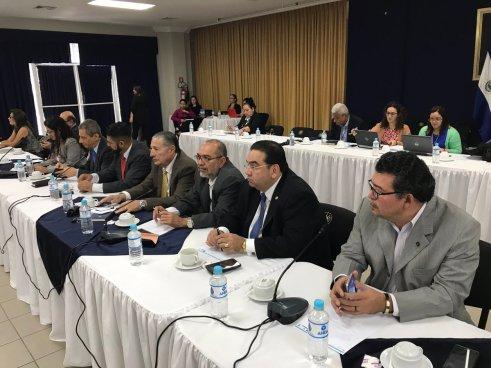 Proponen incorporar nuevas prácticas para resolución de conflictos en el país