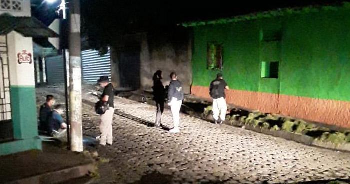 Hallan cadáver mutilado de una mujer en El Triunfo, Usulután