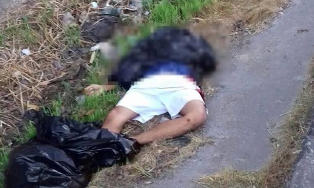 Encuentran el cadáver de un hombre embolsado en carretera de Oro, San Martín