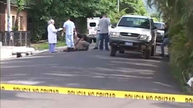 Delincuentes asesinan a balazos a un hombre en el cantón Melara, La Libertad