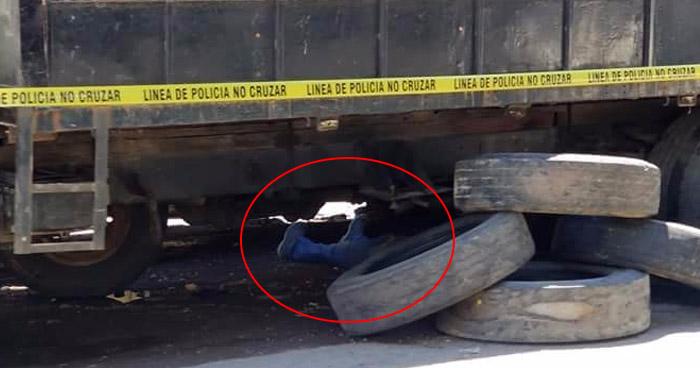 Hombre muere tras sufrir accidente mientras cambiaba la llanta de un camión