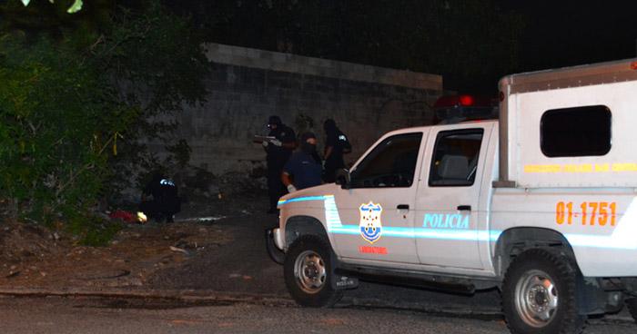 Matan a un joven pandillero en una cancha de El Refugio, en Ahuachapán