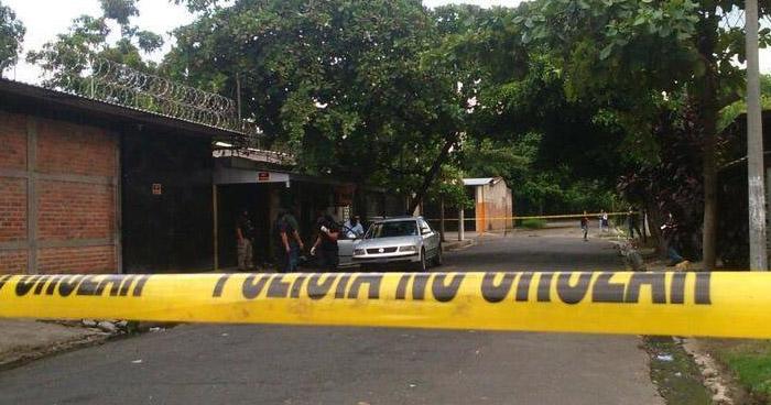 Asesinan a hombre cerca de un cementerio en Colón, La Libertad