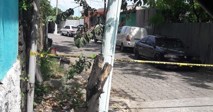 Asesinan a un hombre en el reparto Santa Margarita de Cuscatancingo
