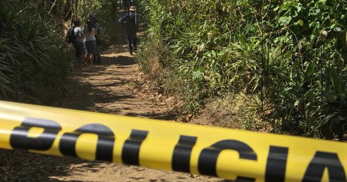 Asesinan a balazos a dos hermanos en un cantón de Jujutla, Ahuachapán