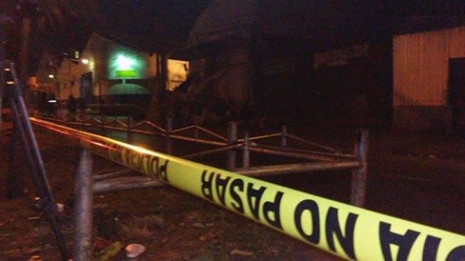 Asesinan a balazos a un hombre frente al mercado La Tiendona en San Salvador