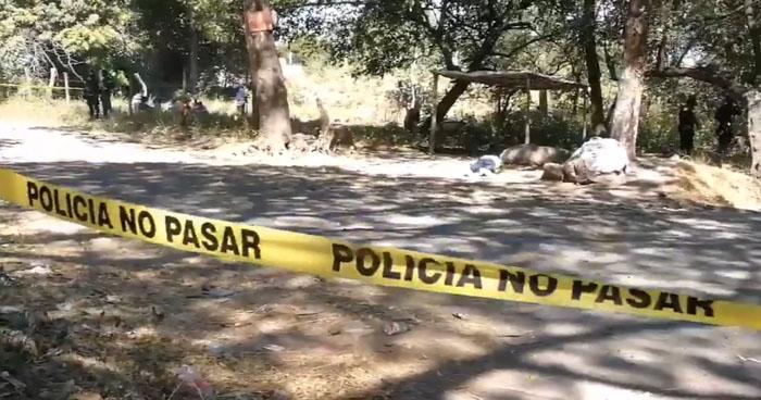Acribillan a balazos a un joven cuando esperaba el autobús en San Miguel
