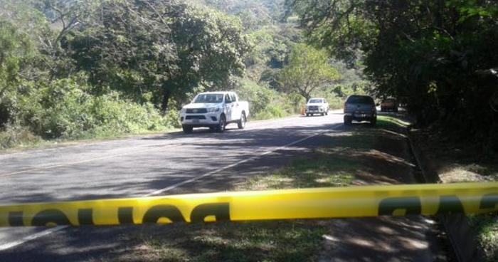 Asesinan a joven al interior de una lotificación en Santa Ana