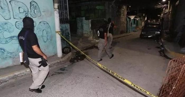 Asesinan a un joven pandillero en calle principal de la comunidad 16 de Marzo, Soyapango