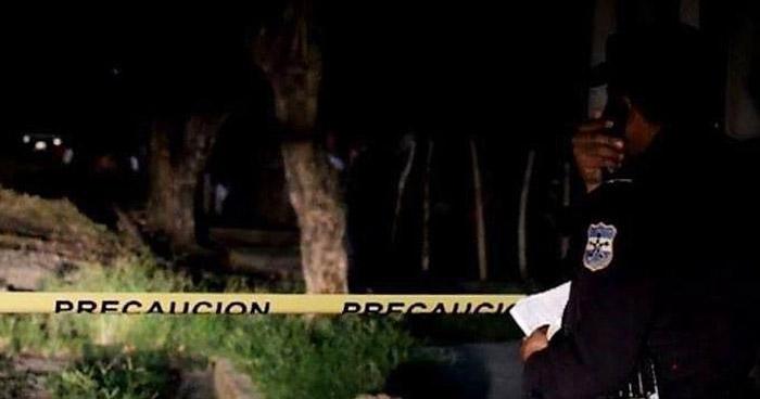Asesinan con un machete a un joven en Teotepeque, La Libertad