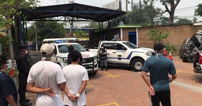 Tensión en el Palacio de los Deportes: Personas que incumplieron cuarentena domiciliar dicen llevar 41 días retenidos