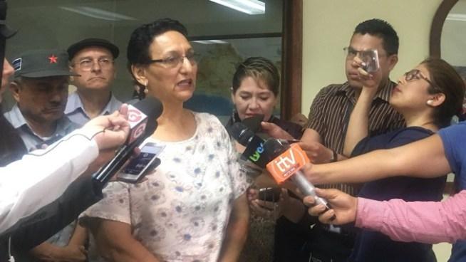 FMLN pide reformar el Código Tribunario para combatir el lavado de dinero