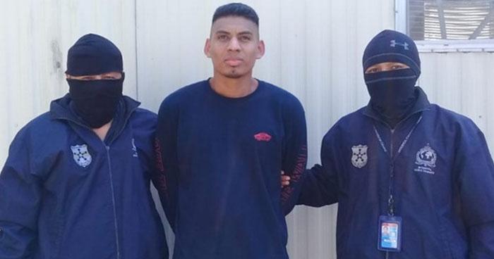 Deportan de Estados Unidos a sujeto buscado por tenencia de armas ilegales y homicidio