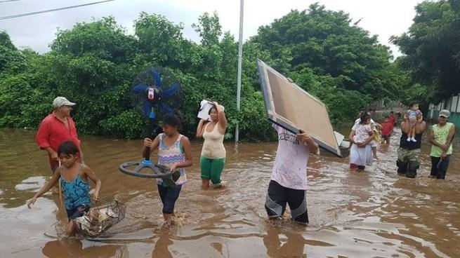 Al menos 5 muertos en Nicaragua y 2 en Costa Rica por paso de Tormenta Nate