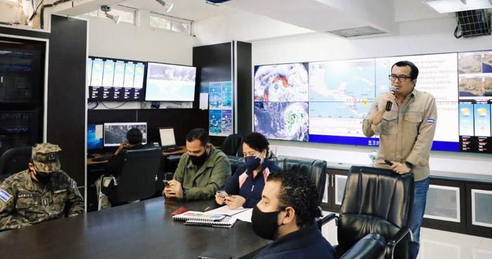 El Salvador percibirá a Iota como Depresión Tropical