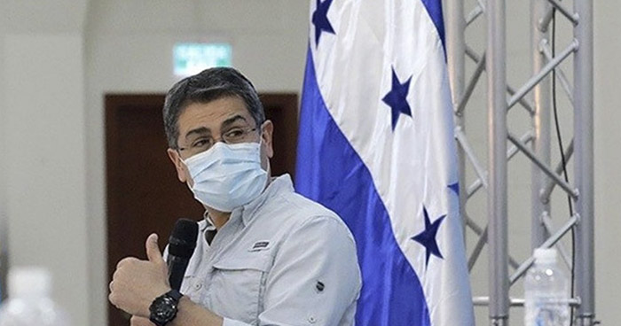 Presidente de Honduras es hospitalizado tras confirmar que es positivo a COVID-19