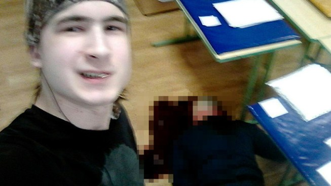 Estudiante mata a cuchilladas a su profesor, lo publica en redes sociales y se suicida