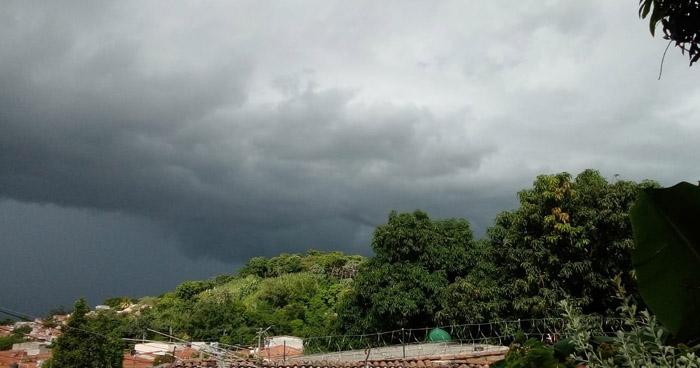 Disminuirá lluvias sobre el territorio, por la tarde se espera ambiente muy cálido