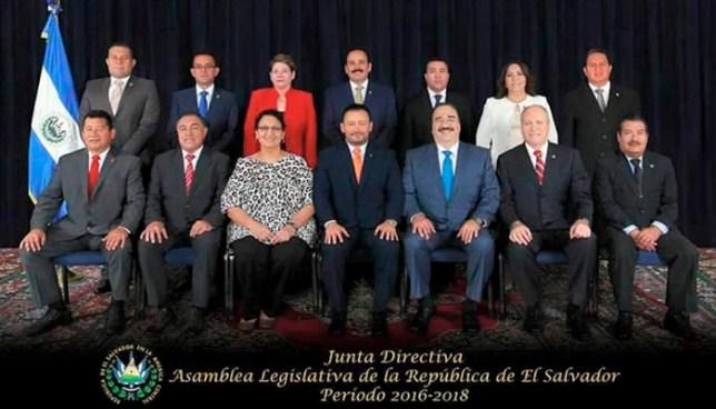 Estos son los salarios y privilegios que reciben los miembros de la Junta Directiva de la Asamblea Legislativa