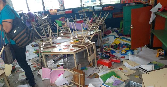 Delincuentes ingresaron a un kinder a robar dinero y destruir material didáctico