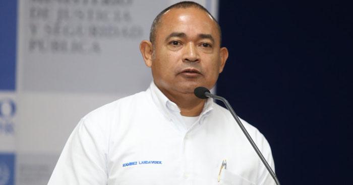 Ministro de Seguridad demandará por calumnia y difamación a Will Salgado