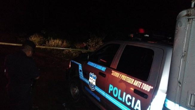 Encuentran cadáver de un hombre sobre la carretera Troncal del Norte en Chalatenango