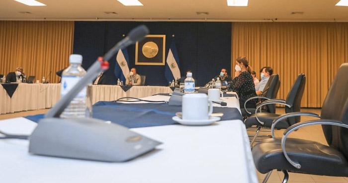 Gobierno defiende prorroga para la Ley de Emergencia para frenar el avance del COVID-19