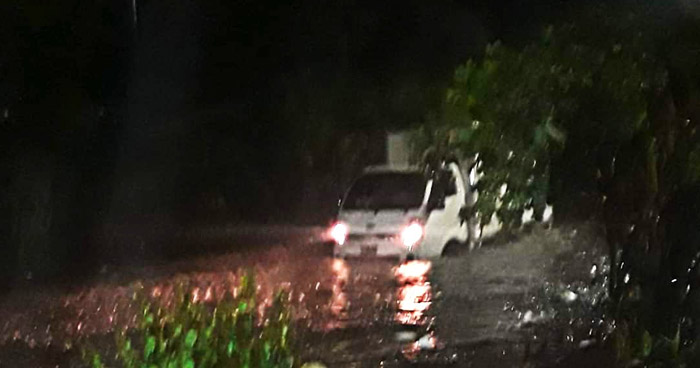 Fuerte lluvia de anoche ocasionó estragos en diferentes puntos del país