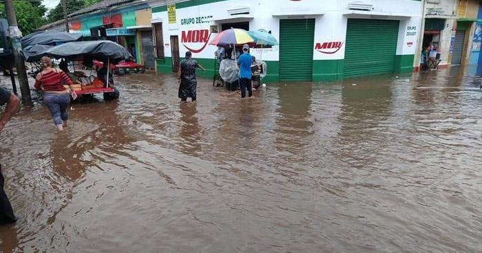 Protección Civil emite advertencia por lluvias influenciadas por una Onda Tropical