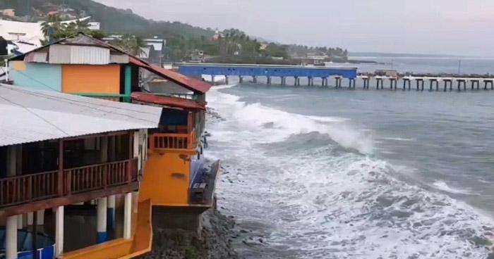En la costa salvadoreña se recomienda precaución por mareas vivas