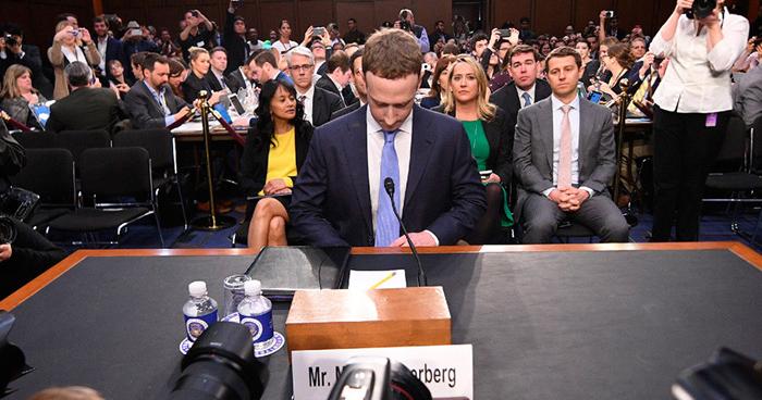 Facebook habría permitido que Netflix, Spotify y otras, tuvieran acceso incluso a mensajes privados de los usuarios
