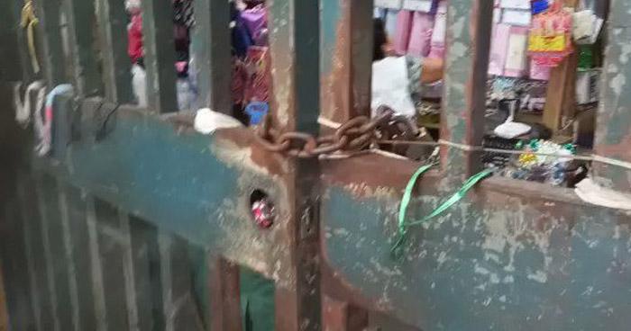 Vendedores cierran el Mercado Central de San Salvador por desalojo de vigilancia privada