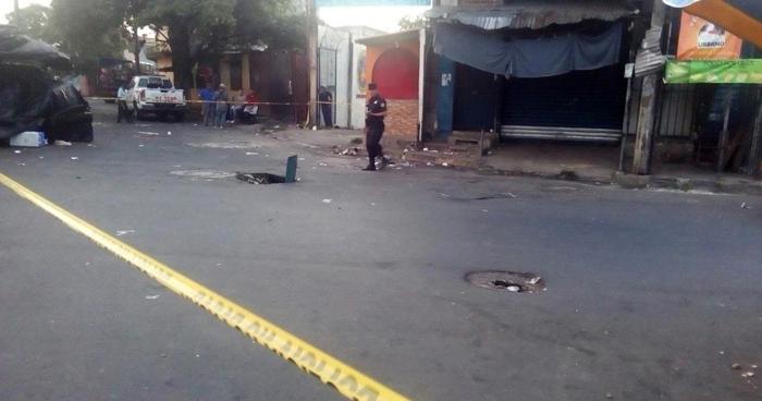 Un vigilante resulto lesionado tras tiroteo en el Mercado Central esta madrugada