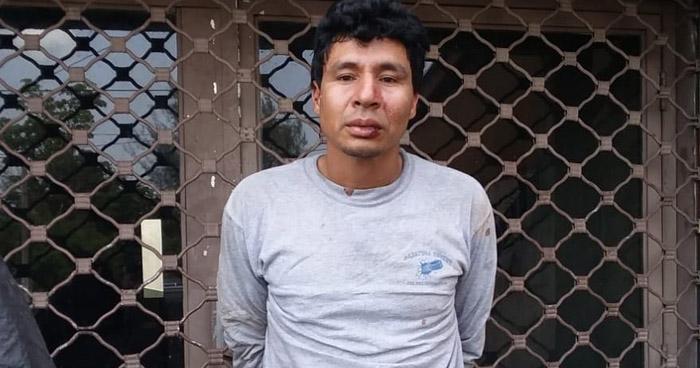 Este es el sujeto que apuñaló a una mujer dentro de un centro comercial en San Salvador