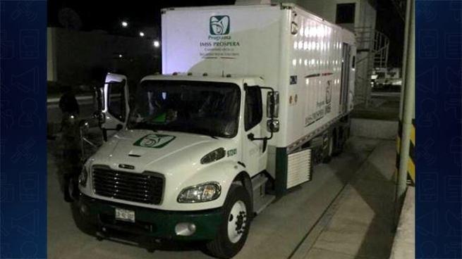 Incautan más de 300 kilos de cocaína en camión del seguro social de México