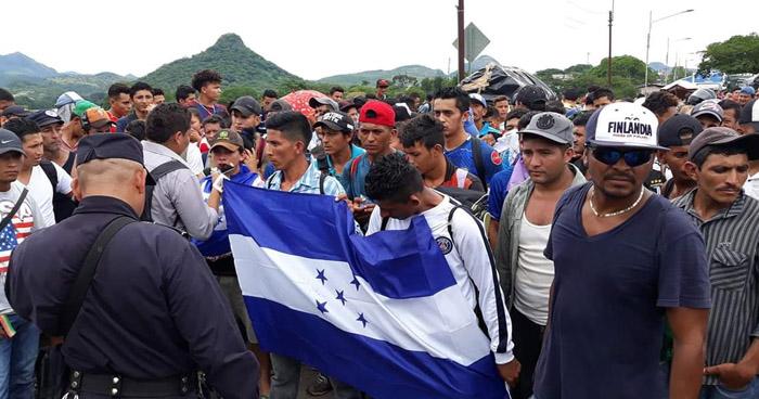 Trump amenaza con llamar al ejército y cerrar la frontera