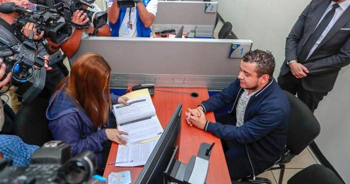 Ministro de Obras Públicas interpone aviso penal contra alcaldía de San Miguel