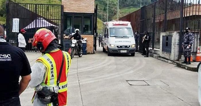 Al menos 67 muertos deja amotinamiento simultáneo en cárceles de Ecuador