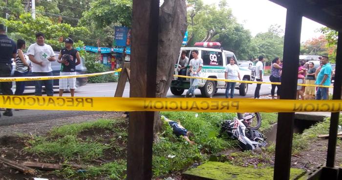 Motociclista muerto tras accidentarse en carretera de La Libertad