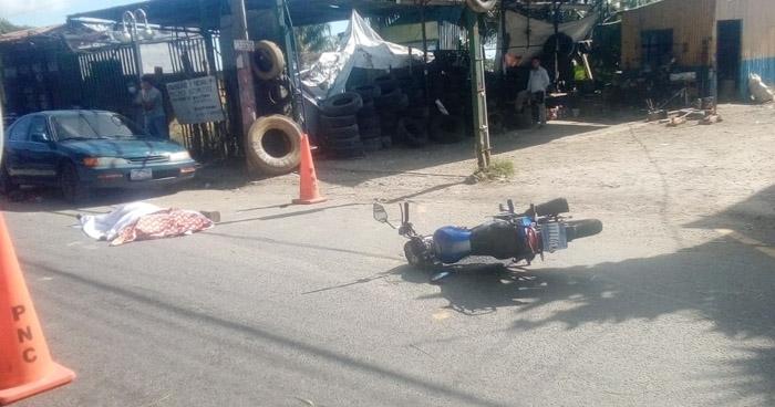 Motociclista pierde la vida tras accidentarse en Planes de Renderos