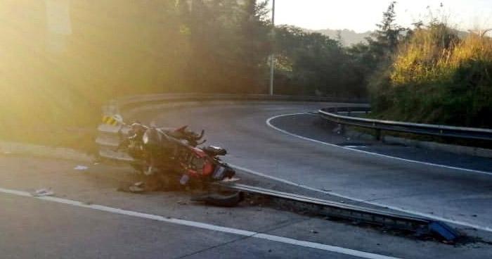 Motociclista pierde la vida al accidentarse en Bulevar Monseñor Romero