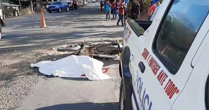Motociclista muere chocar contra un camión en Santa Rosa de Lima, La Unión