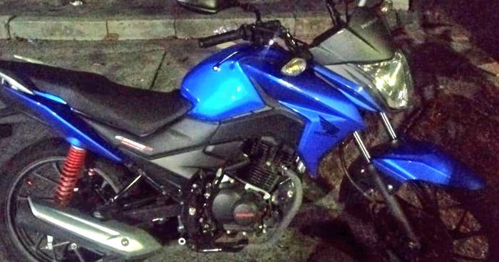 Capturan a delincuentes con motocicleta del año
